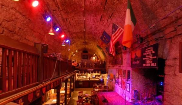 O'Malley's underground pub