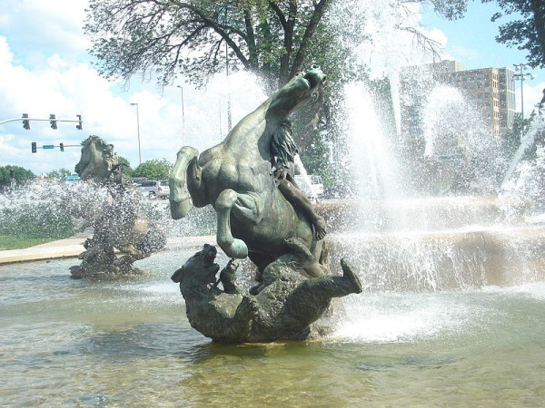 JC_Nichols_Memorial_Fountain_Fighter